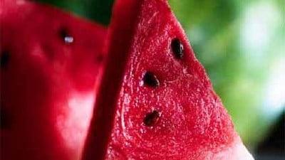 Ce beneficii aduc semintele de pepene rosu fierte in apa
