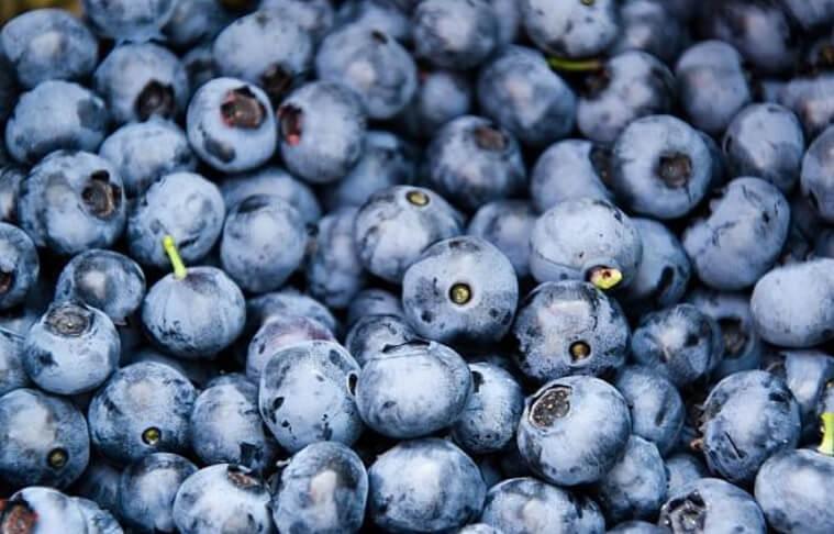 Fructe mici si sanatoase